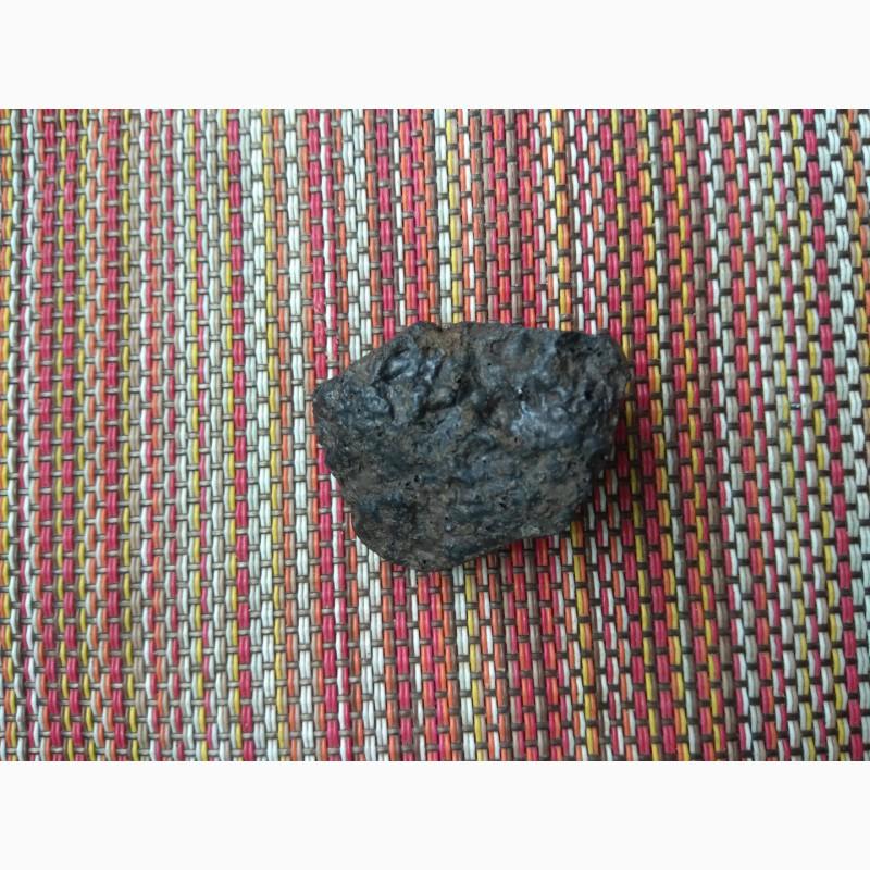 Фото 3. Метеорит хондрит