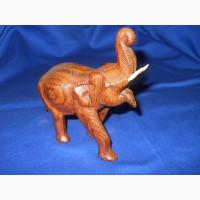 Деревянный слон ручной работы