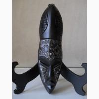 Африканская деревянная маска