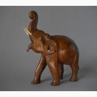 Винтажная деревянная статуэтка слона