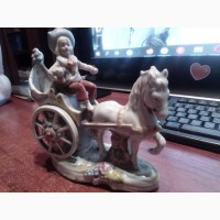 Статуэтка девушка на колеснице Германия