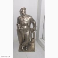 Продам статуетку Маяковского