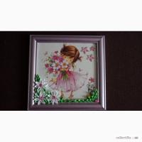 Картина в детскую комнату Девочка с цветами