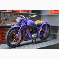 Продам Модель мотоцыкла Shl M04 + Гараж