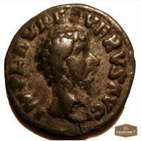 Продам денарий Луция Вера, Римская империя 161 -169 гг.