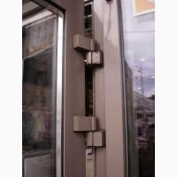 Замена петель Киев, металлопластиковые и алюминиевые двери