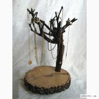 Подарочное изделие из дерева девушке