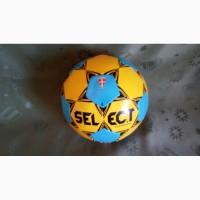 Продам футбольный мяч Select