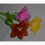 Лилии в вазе