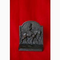 Винтажная книжная подставка с барельефом Дж. Вашингтона