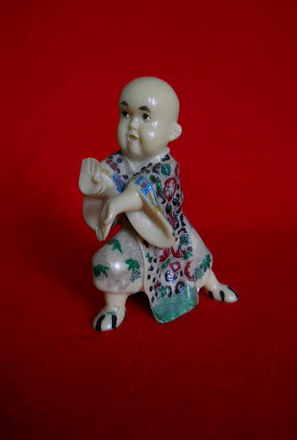 Японская статуэтка