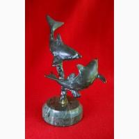 Винтажная бронзовая статуэтка дельфинов