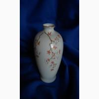 Японская фарфоровая ваза Цветущая Сакура